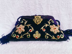Zari Embroidery Flower Clutch Purse
