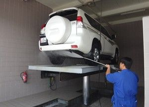 Automobile Car Washing Lift