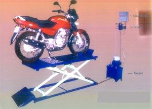 Two Wheeler Hydraulic Lift