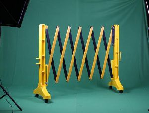 Plastic Expandable Road Barrier