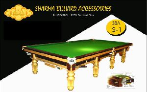 Snooker Table in Golden Legs