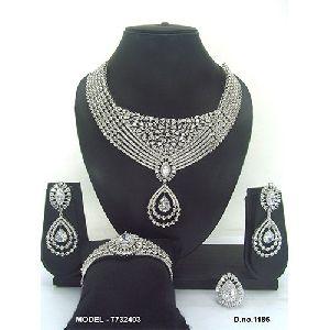 Elegant American Diamond Jewellery Set