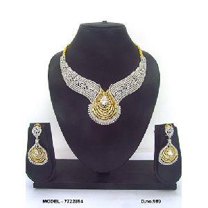 Polished American Diamond Necklace Set