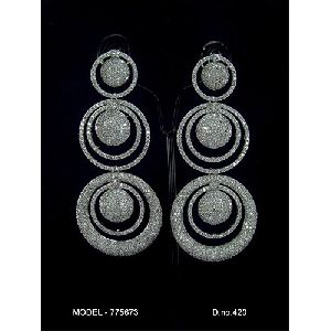 Round Shaped Diamond Earrings
