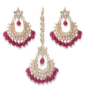 Wedding Earrings and Maang Tikka Set