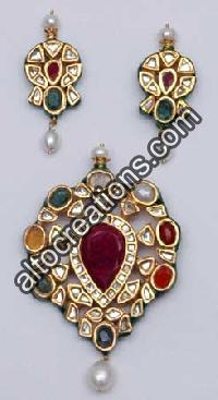 Kundan Necklace Set 14