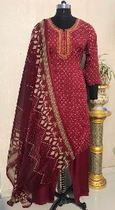 Ladies Brown Salwar Suit (D. No. 2416)