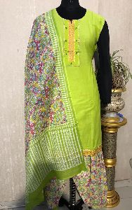 Ladies Green Salwar Suit (D. No. 2418)