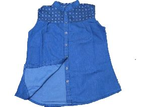 Ladies Denim Sleeveless Shirt