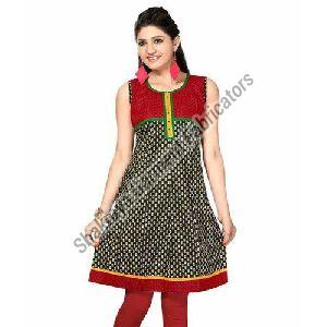 Sleeveless Printed Short Kurti