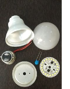 5 Watt LED Bulb Raw Material with PBT Body