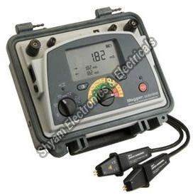 10 A Micro-Ohmmeter With Dual Power Diagnostics