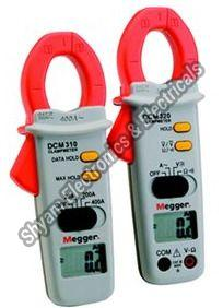 DCM310 and DCM320 Digital Clamp Meter