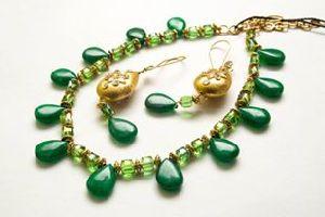 LAVC02 Necklace Set