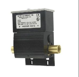 Dwyer USA DXW-11-153-2 Differential Pressure Switches