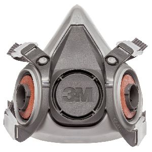 3M Reusable Half Face Respirator 6200
