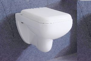High Quality Bathroom Sanitary ware Washdown Ceramic Wall Hung Toilet