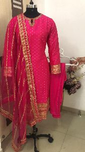Ladies Pink Party Wear Suit