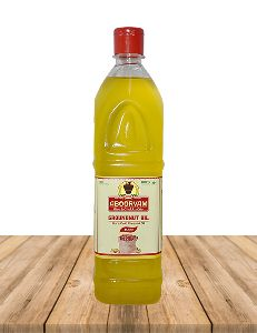 Wood Pressed Groundnut Oil
