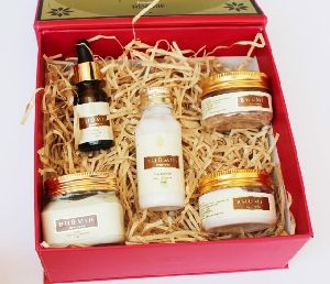 Bhumih Face Caer Products Gift Box