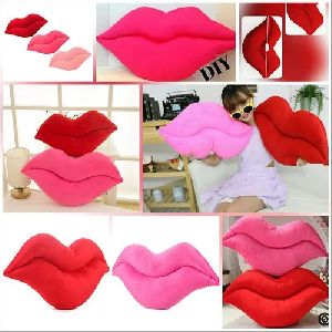 Lip Shaped Cushion