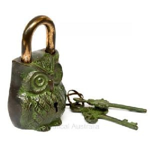 Handicraft Owl Shaped Padlock
