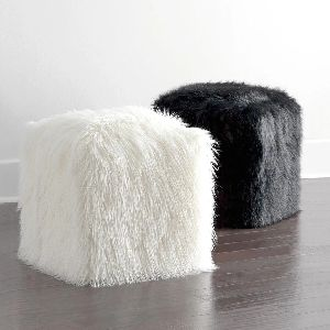 Fur Pouf