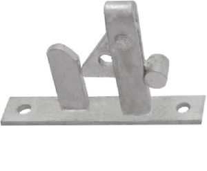 Self Locking Gate Latch