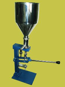 Pneumatic Putty Extrusion Filling Machine