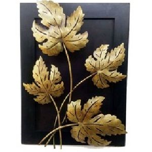 Maple leaf wall hanging with candle stand