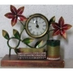 Table clock with Pen Holder Flower Design