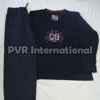 Ladies Knitted Pyjama Set