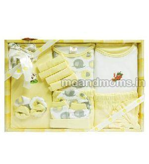 Baby Clothing Gift Set 04