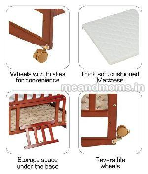 Wooden Baby Cot with Wheel 05