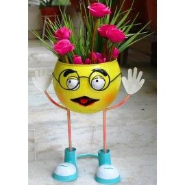 Smiley with Specs Pot / Planter