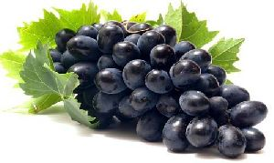 Fresh Seedless Black Grapes