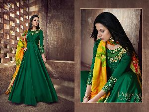39003 Heavy Tapeta Sarteen and Silk Long Suit