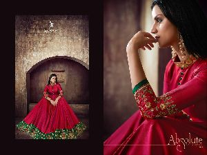 39004 Heavy Tapeta Sarteen and Silk Long Suit
