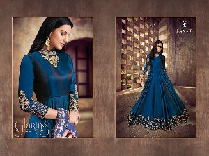 Heavy Tapeta Sarteen and Silk Long Suit 03