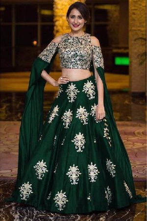 Heavy Work Tapeta Silk Lehenga Choli 01