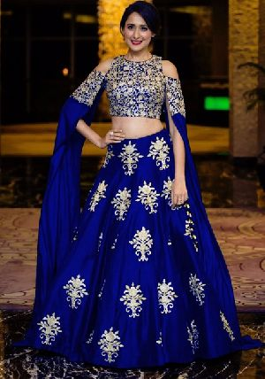 Heavy Work Tapeta Silk Lehenga Choli 04