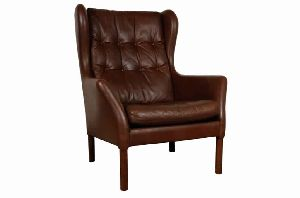 EUROPEAN WING BACK LEATHER CHAIR