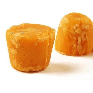 Chemical Free Sugarcane Jaggery