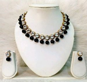 Crystal Studded Necklace Set
