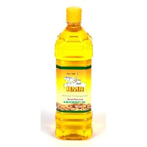 Natural Wood Pressed Groundnut Oil