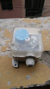 Aerosense Differential Pressure Switch Model PS 200