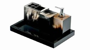 DARK HORN and LACQUER BATHROOM SET