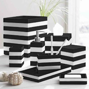Resin Stripe Black/White Bathroom Accessories