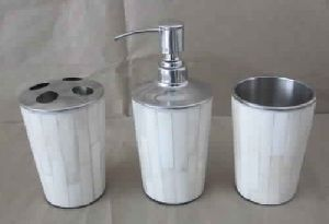White Bone Bath Set