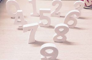 WOODEN STANDING 10 NUMBERS SIGN PLAQUE DECORATION GIFT